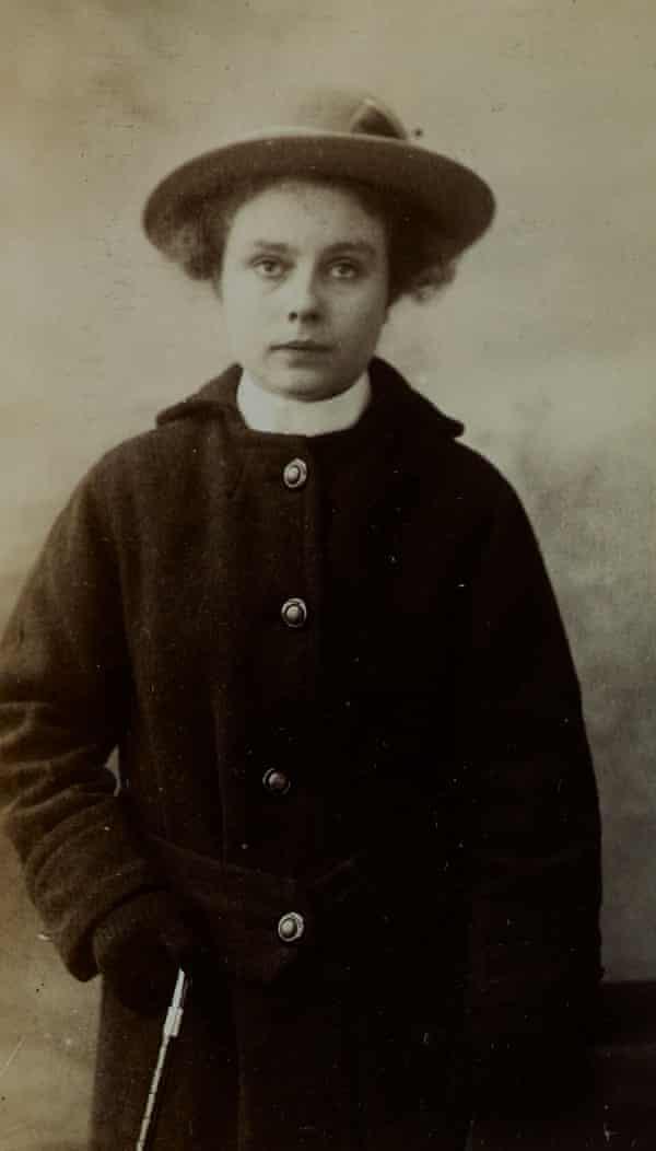 Lilian Murray