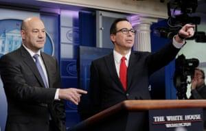 U.S. National Economic Director Gary Cohn (left) and Treasury Secretary Steven Mnuchin unveil the Trump administration's tax reform proposal.