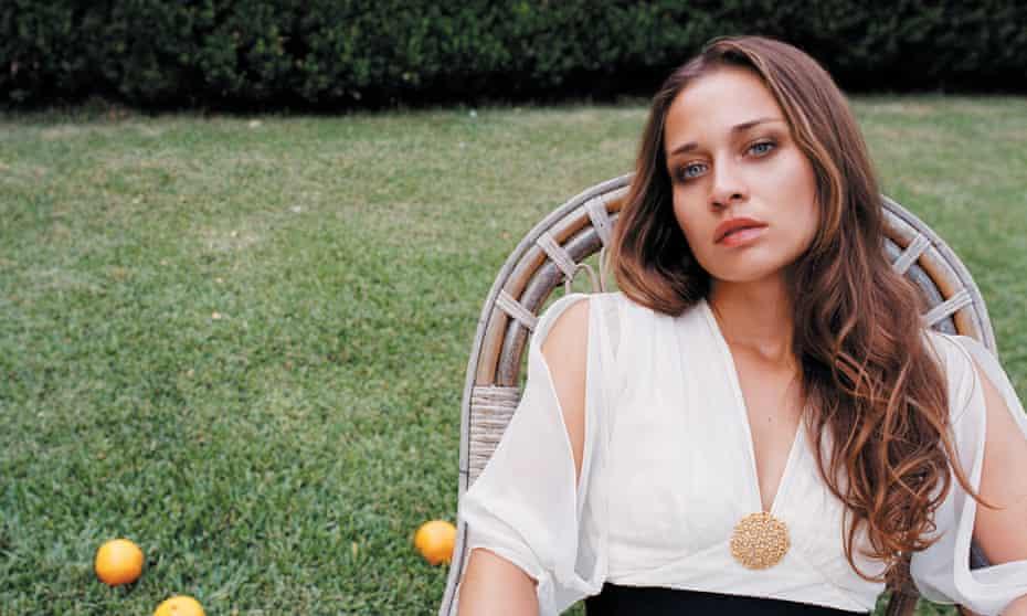 Singular style ... Fiona Apple
