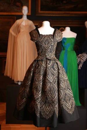 Evening dress (Mexico) (1954) by Christian DiorAutumn–winter silk (faille, velvet), metallic thread, sequins
