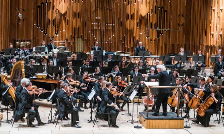 Another all-male back row in a 2017 Barbican concert.