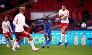England's forward Marcus Rashford shoots