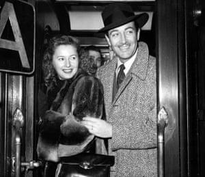 American film stars Barbara Stanwyck and husband Robert Taylor, 1947