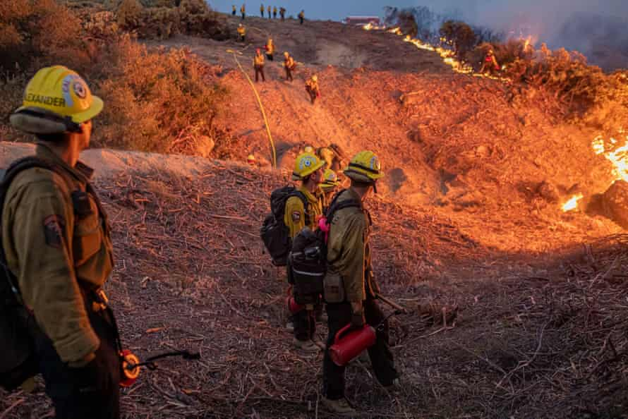 California's Caldor fire moves east toward Lake Tahoe as crews continue to battle a blaze that has grown to more than 180 sq miles with only 9% containment.