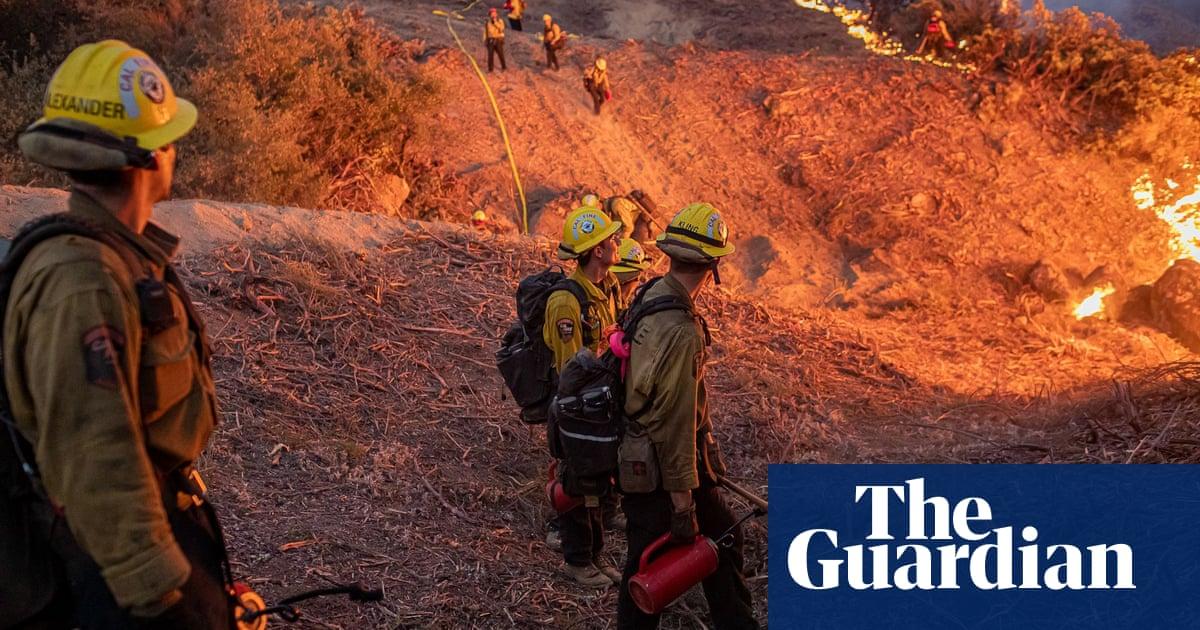 Caldor fire: fear as raging blaze 'knocks on the door' of Lake Tahoe