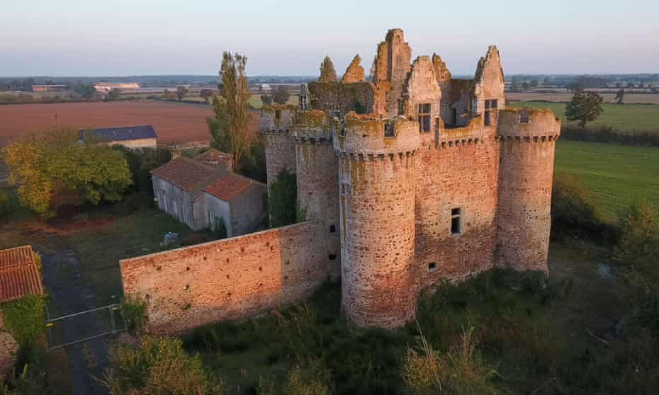 15th century fortress château at Ebaupinay, western France.