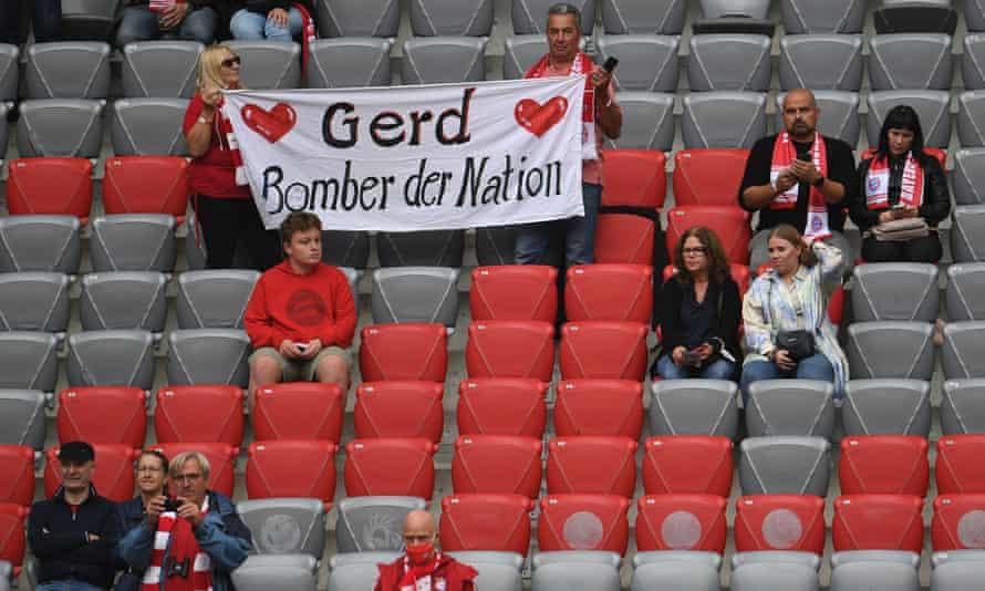 Bayern Munich bid farewell to Gerd Muller as the team got their first win under Julian Nagelsmann.
