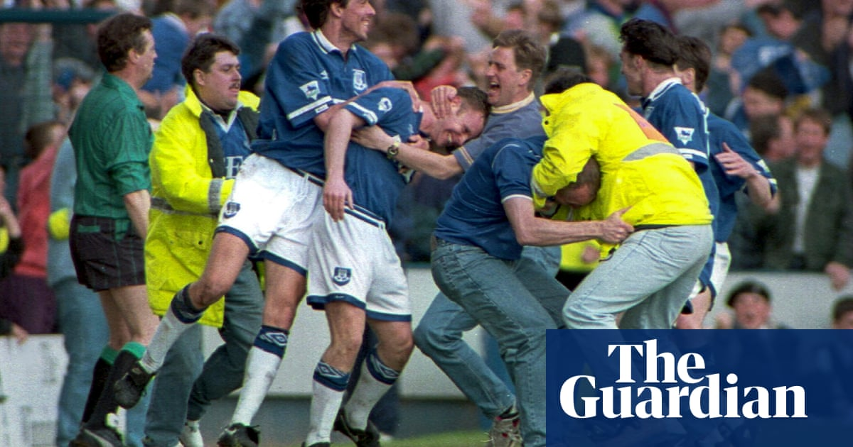 My favourite game: when Everton stayed up on the last day of the season | Gary Naylor