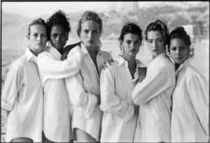Estelle Lefebure, Karen Alexander, Rachel Williams, Linda Evangelista, Tatjana Patitz. Christy Turlington, Vogue U.S.A., Santa Monica, California, 1988