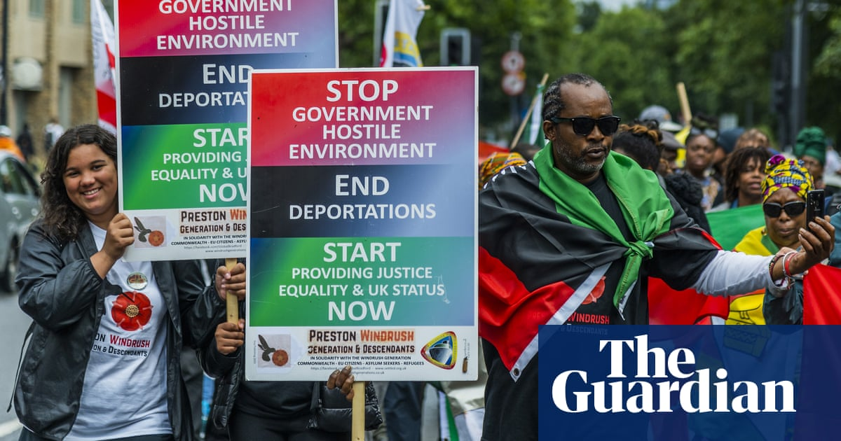Hundreds demand reparations for Windrush generation