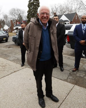 Big coat energy … outside a polling location in Detroit, 2020.