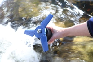 Hydropower charger