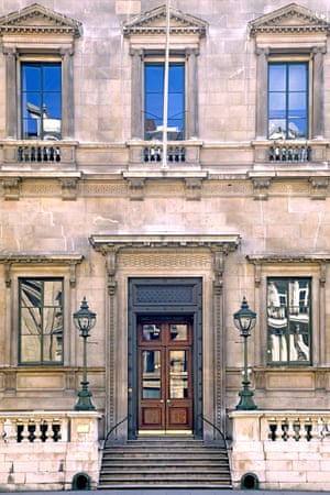 The entrance to the Reform Club.