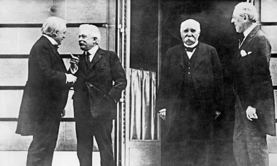 European politicians at the Conference for Peace in Paris, 19 January 1919.