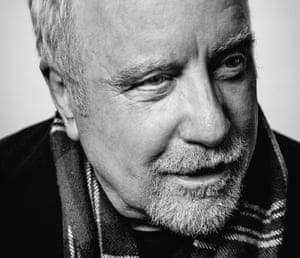 Richard Dreyfuss with smiling eyes, a scarf around his neck