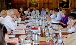 Theresa May with her cabinet at Chequers to discuss Brexit