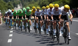 Team Sky s domestiques lead Chris Froome and the peloton on Stage 18 of a  Tour de 2f8338b04
