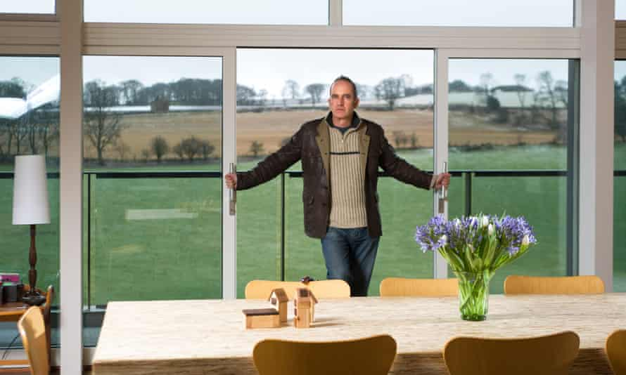 Kevin McCloud at a Grand Designs house in Midlothian in 2008.