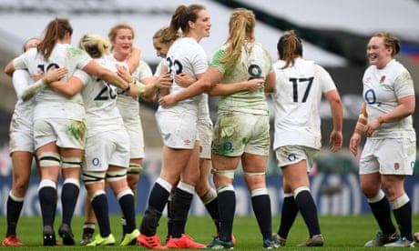 England's Emily Scarratt holds nerve to beat France with late penalty