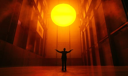 Olafur Eliasson with his installation The Weather Project in the Turbine Hall of the Tate Modern in 2003