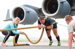 Grant Edwards pulls a Boeing C-17 Globemaster III at the Dover Air Force Base.