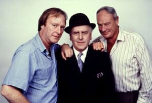 Dennis Waterman as Terry McCann, George Cole as Arthur Daley and Glynn Edwards as Dave the barman - 1985