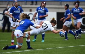 Claudia McDonald of England scores their eighth try.