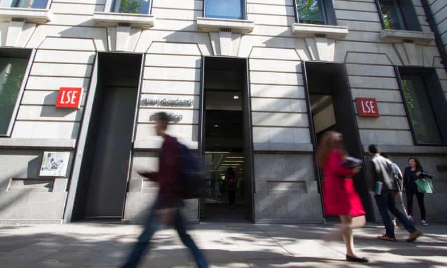 London School of Economics, LSE, with passersby