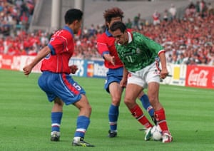 Cuauhtemoc Blanco in action against South Korea at the 1998 World Cup