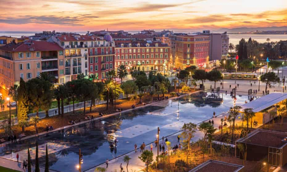 Place Masséna in the centre of Nice