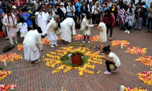 International Women's Day in Bogotáepa07423712 Indigenous women participate in a ritual, during the commemoration 'Women in Bogota We Weave Changes' for the work of indigenous women, in the framework of International Women's Day, in Bogota, Colombia, 08 March 2019. International Women's Day celebrates worldwide the achievements of women in the social, economic, cultural and political spheres and also urges society to accelerate all elements to achieve gender equality. EPA/OSKAR BURGOS