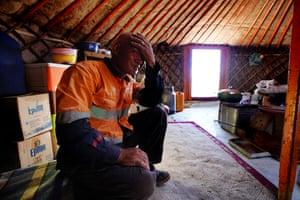 Herder Tumurhuyag in his ger in Khanbogd Sum