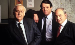 'Inspector Morse' Behind the Scenes, TV Programme - 1987 to 2000EDITORIAL USE ONLY / NO MERCHANDISING Mandatory Credit: Photo by ITV/REX/Shutterstock (2051181c) John Thaw, Kevin Whately and Colin Dexter 'Inspector Morse' Behind the Scenes, TV Programme - 1987 to 2000