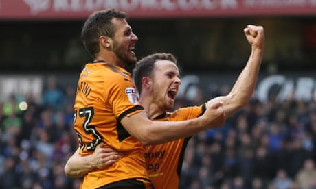 Football League: Wolves survive Preston fightback to stay top of Championship