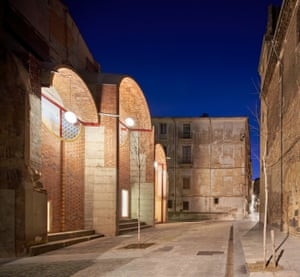"""The """"emergency scenery"""" designed by unparelld'arquitectes in Olot, Spain."""
