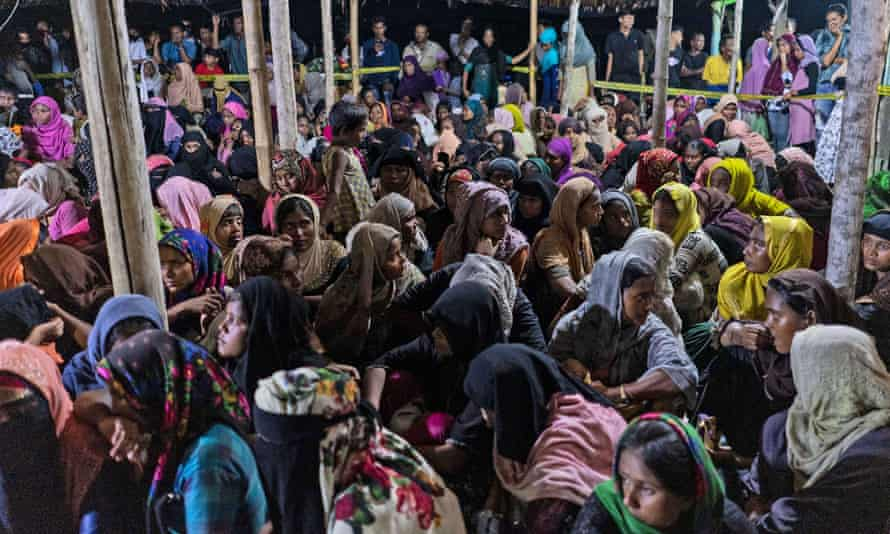 Refugees arrive in Aceh province on Monday