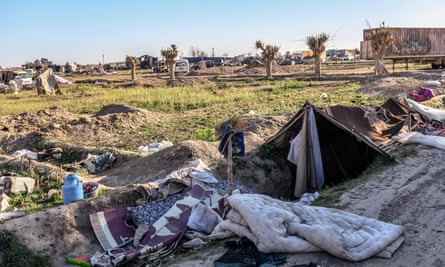 A makeshift camp for Islamic State group members and their families in the town of Baghouz, in the eastern Syrian province of Deir ez-Zor