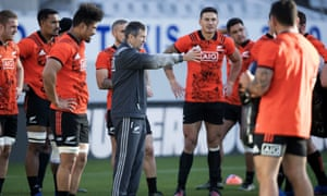 Wayne Smith addresses members of the New Zealand squad in training. 'Smithy treats everyone with respect, and sees the good,' says Tana Umaga, the Blues coach.