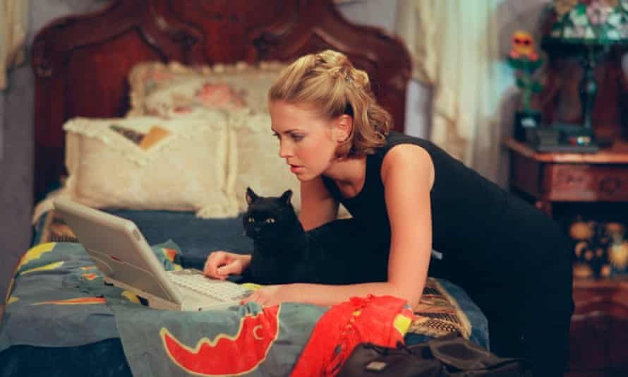 A still from Sabrina the Teenage Witch.