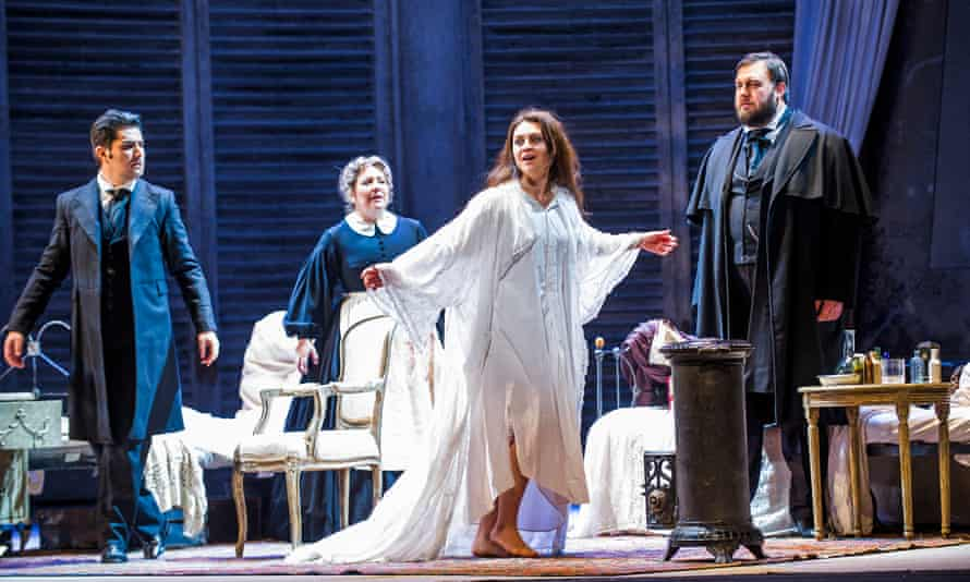 An episode of terminal lucidity? Venera Gimadieva as Violetta Valéry in La Traviata by Verdi at the Royal Opera House in 2016, along with Saimir Pirgu (Alfredo Germont), Sarah Pring (Annina), and James Platt (Doctor Grenvil).
