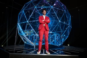 Richard Ayoade prepares to enter The Crystal Maze.