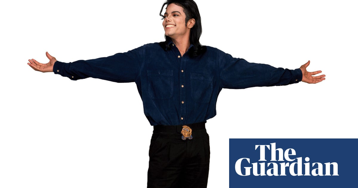 49dd9410d Michael Jackson's personal photographer: 'He didn't identify as one gender'