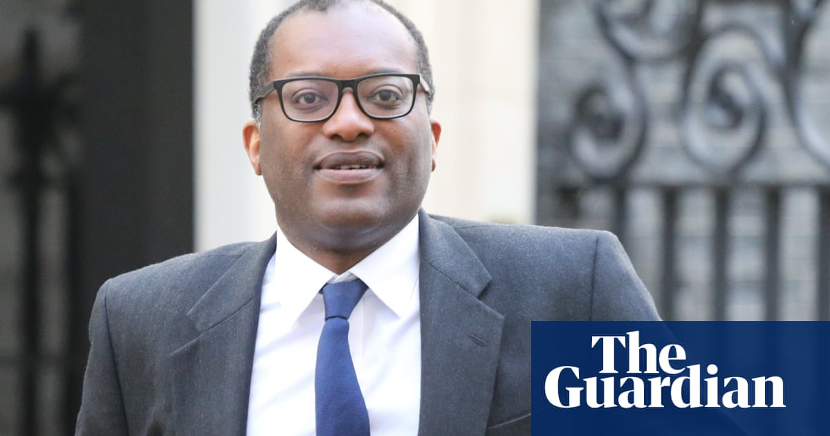 Kwasi Kwarteng defends Hancock over Covid care home claims