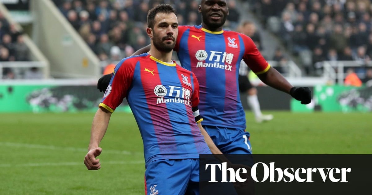 e1fc25a38da9 Crystal Palace s Luka Milivojevic leaves Newcastle looking over ...