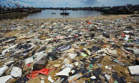 Rubbish-strewn beach China