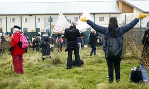 Protesters outside Yarl's Wood