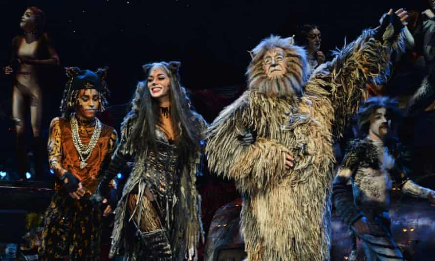Antoine Murray-Straughan, Nicole Scherzinger and Nicholas Pound in the 2014 London Palladium production of Cats.