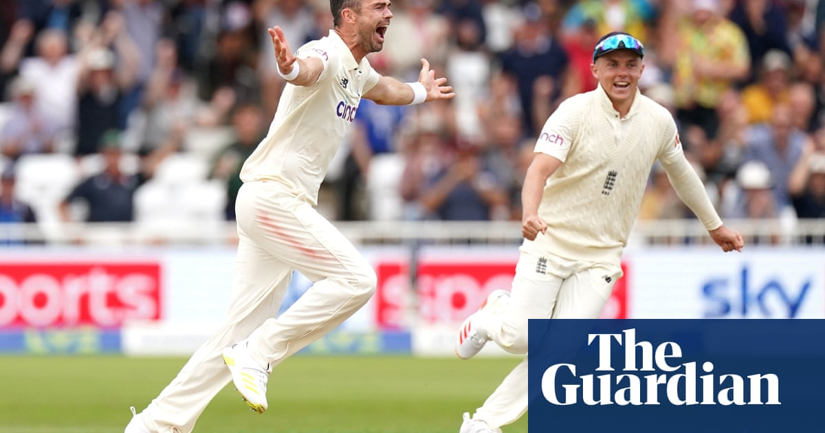 Rain gives respite to India as Jimmy Anderson leads England fightback