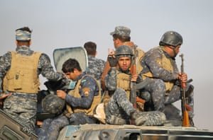 Iraqi soldiers in the al-Shourah area