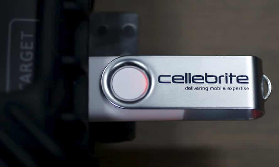 A USB device is attached to Cellebrite UFED Touch, a device for the data extraction from a mobile device such as mobile phone or smartphone.